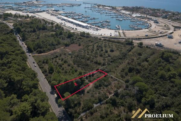 Gradbeno zemljišče v bližini marine Dalmacija, Bibinje-Sukošan, 760m2