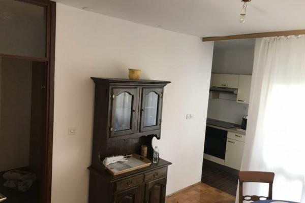 Dvosobni stan u Obrovcu, 60 m2