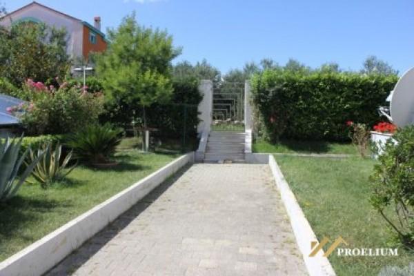 Trosobni stan, Zadar, Puntamika, 114 m2 sa garažnim mjestom